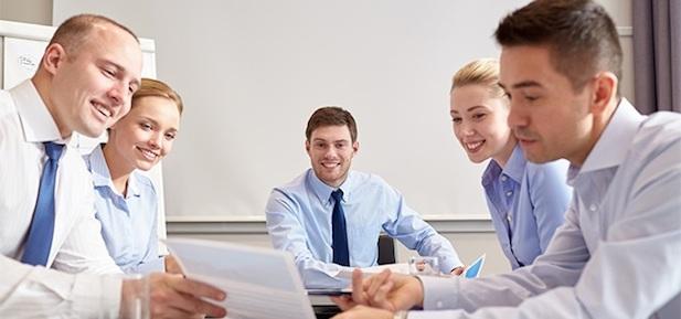 Jak rozmawiać o interesach w negocjacjach?
