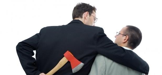 Jak prowadzić negocjacje, gdy druga strona stosuje chwyty poniżej pasa