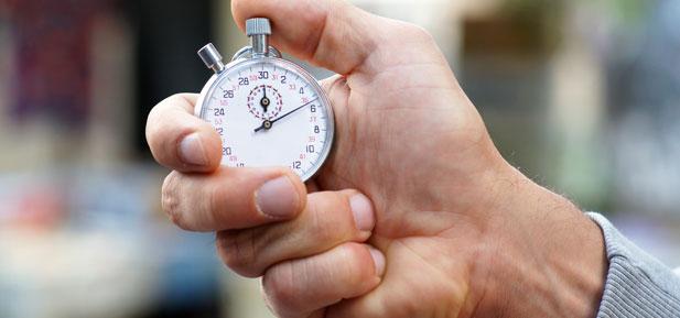 Metoda just-in-time. Co to jest i jak ją stosować?