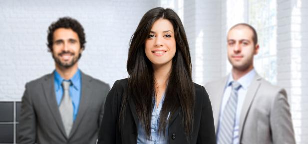 Zasada trzech w rekrutacji – czym jest i jak ją stosować?